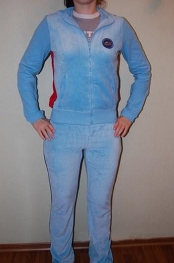 Женские спортивные костюмы лакоста