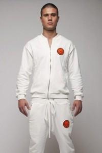 белые спортивные костюмы